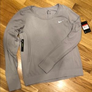 Nike running slim fit long sleeve NWT